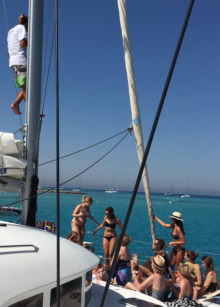 excursión de día en catamarán