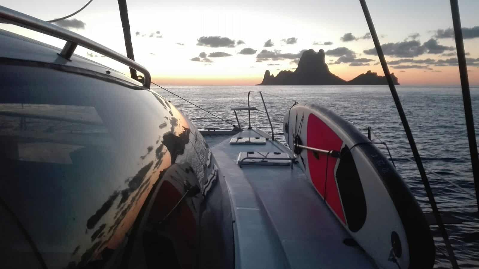 Day charter Ibiza - Es Vedra at sunset