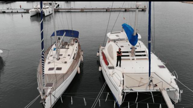 Catamaran Vs Velero